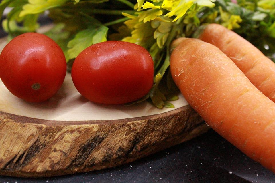 warzywa i owoce w diecie BARF